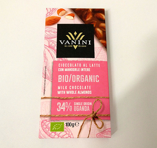 Organic Chocolate Milk 34% Vanini Uganda with whole almonds