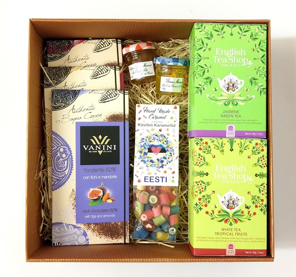 Giftbox tea chocolate sweets